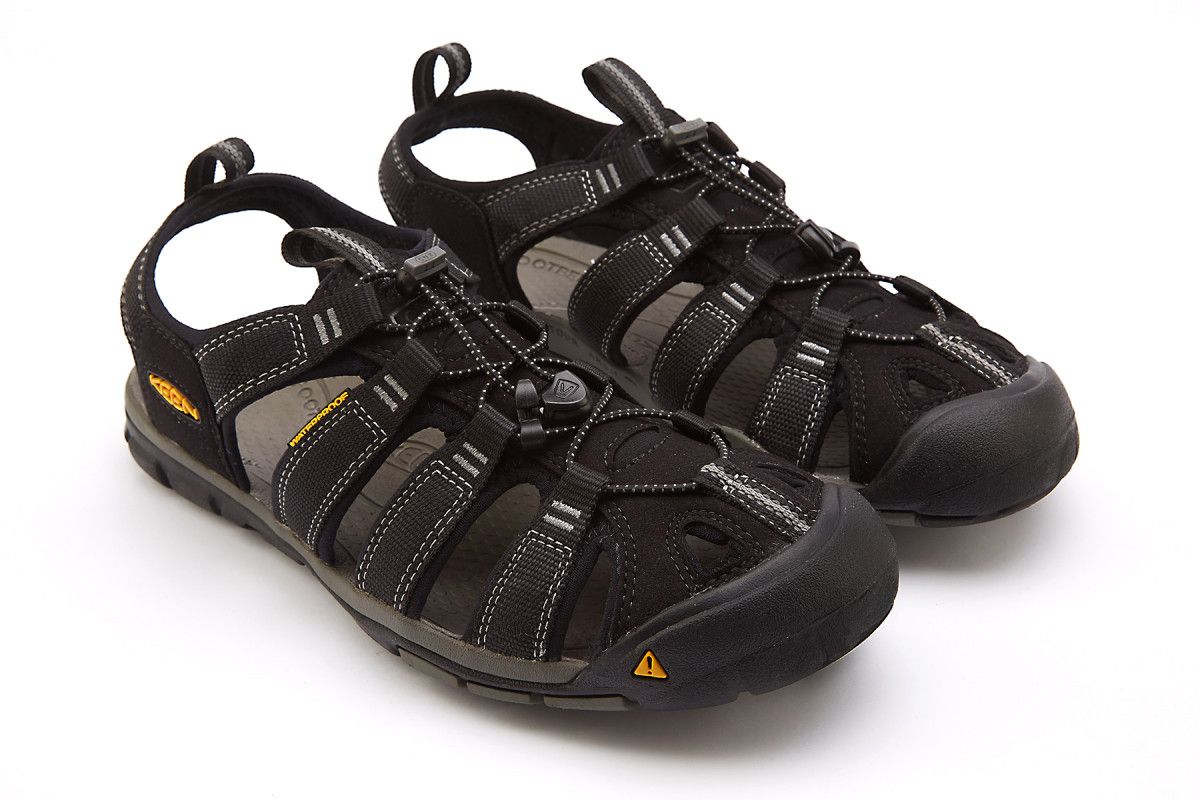 c7d906e74d2f Men s Sandals KEEN Clearwater CNX Black Gargoyle - Men s Sandals ...