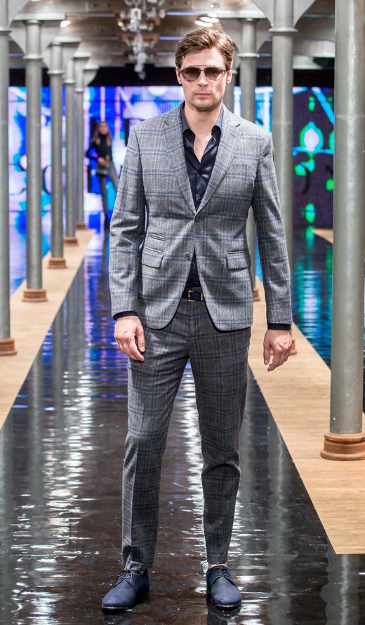 granatowe pólbuty Fabi APIA garnitur Versace