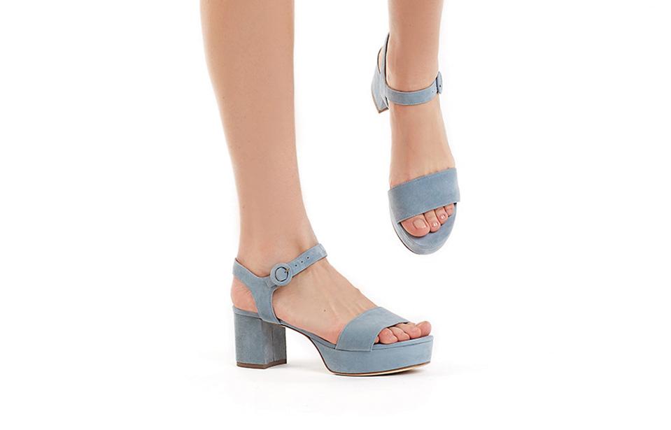 niebieskie sandały na platformie APIA Giuletta